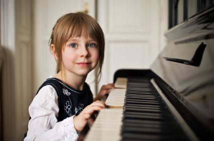 Le 3 novità: corsi Gordon per bambini; violino, cajon, ukulele; esami e certificazioni!!!