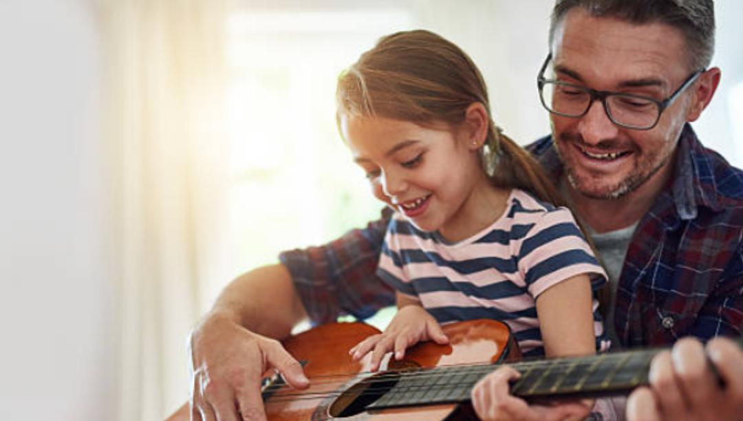 I benefici per chi impara a suonare uno strumento